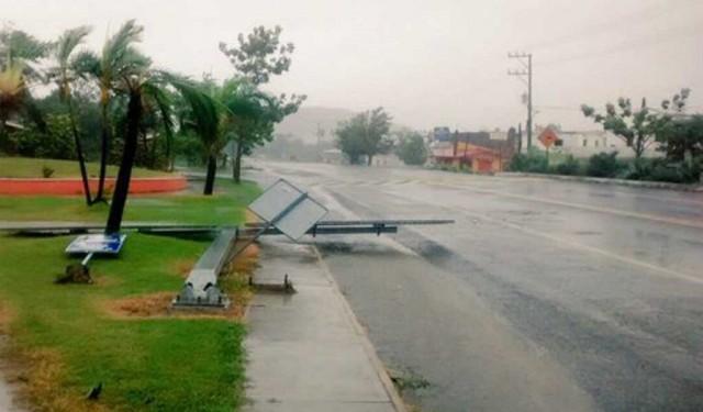 huracan-patricia-toca-tierra-en-jalisco