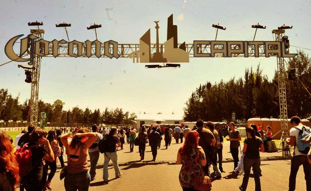 Las 53 canciones que DEBEN sonar en el Corona Capital 2016