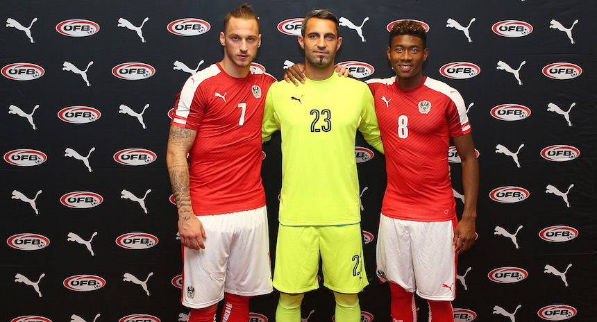 VIENNA,AUSTRIA,09.NOV.15 - SOCCER - OEFB international match, Austria vs Switzerland, friendly match, preview, press conference team AUT. Image shows Marko Arnautovic, Ramazan Oezcan and David Alaba (AUT). FUER PUMA!!!! Photo: GEPA pictures/ Christian Ort