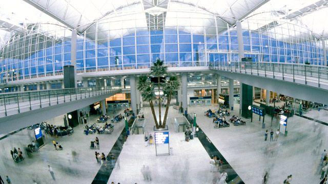 aeropuerto-internacional-de-hong-kong-o-aeropuerto-chek-lap-kok