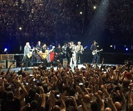Eagles-Of-Death-Metal-U2-Paris-1