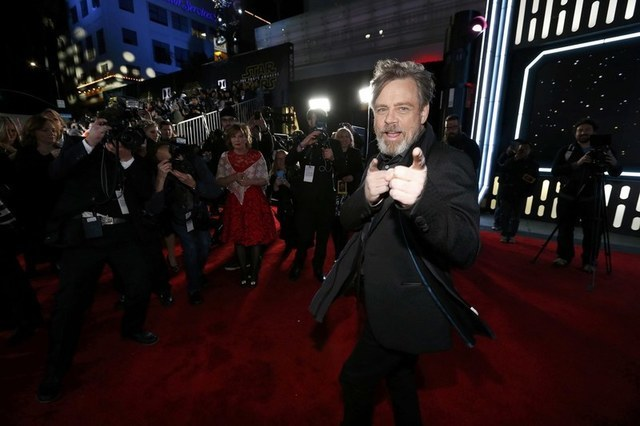 """Actor Mark Hamill arrives at the premiere of """"Star Wars: The Force Awakens"""" in Hollywood, California December 14, 2015. REUTERS/Mario Anzuoni"""