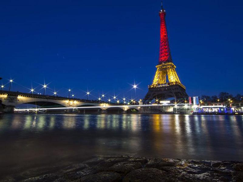 Atentados-Bruselas-Torre-Eiffel
