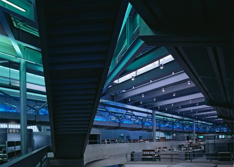 BMW-Central-Building_Helene-Binet_Zaha-Hadid_dezeen_784_9