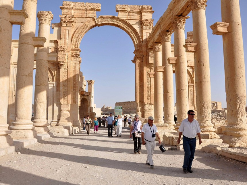 isis-has-reportedly-blown-up-one-of-the-most-important-temples-in-the-ancient-syrian-city-of-palmyra