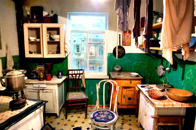 russian-kitchen-edit3_custom-ec038e9f4366a5e3b126e7d4ffd5cbc1fa1144f1-s800-c85