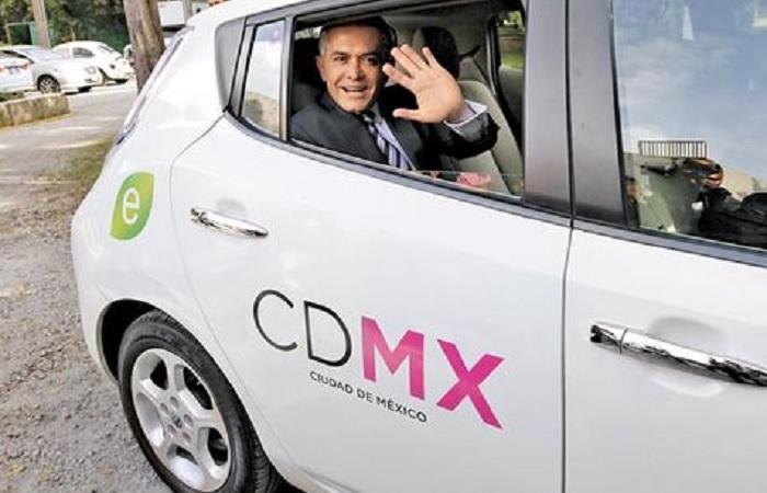 mancera taxi electrico