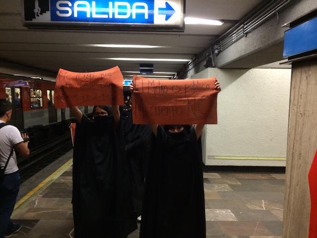 metro_mujeres25