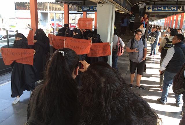 metro_mujeres45