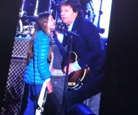 Paul McCartney niña