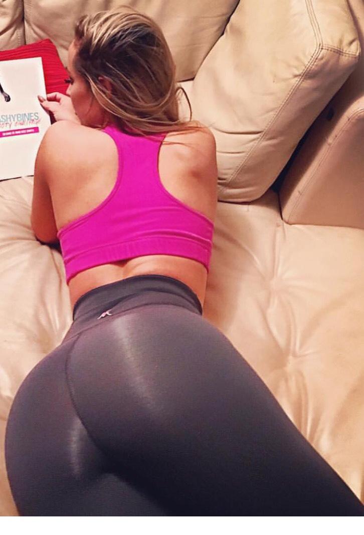 Deep anal babe fuck pics