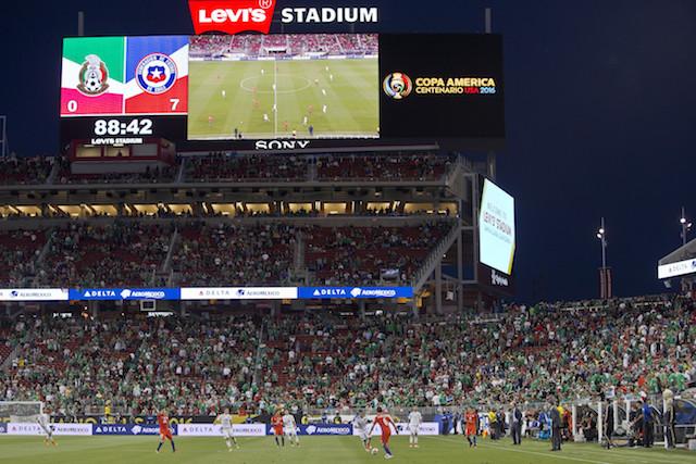 Mexico v Chile: Quartefinal - Copa America Centenario