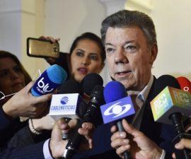 juan-manuel-santos-FARC-firma-acuerdo-paz