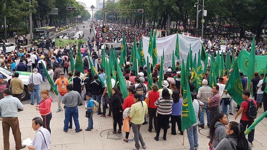 marcha-CNTE-reforma-angel-de-la-independencia