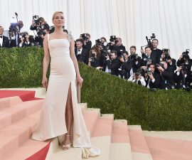 """NEW YORK, NY - MAY 02:  Rosie Huntington-Whiteley attends the """"Manus x Machina: Fashion In An Age Of Technology"""" Costume Institute Gala at Metropolitan Museum of Art on May 2, 2016 in New York City.  (Photo by Mike Coppola/Getty Images for People.com) *** Local Caption *** Rosie Huntington-Whiteley"""