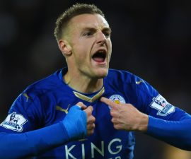 LEICESTER, ENGLAND - NOVEMBER 28:  Jamie Vardy of Leicester City celebrates scoring his team's first goal during the Barclays Premier League match between Leicester City and Manchester United at The King Power Stadium on November 28, 2015 in Leicester, England.  (Photo by Laurence Griffiths/Getty Images)