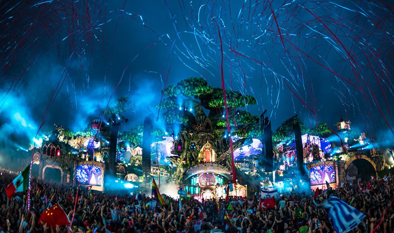 Tomorrowland--2016-Dia-2-5