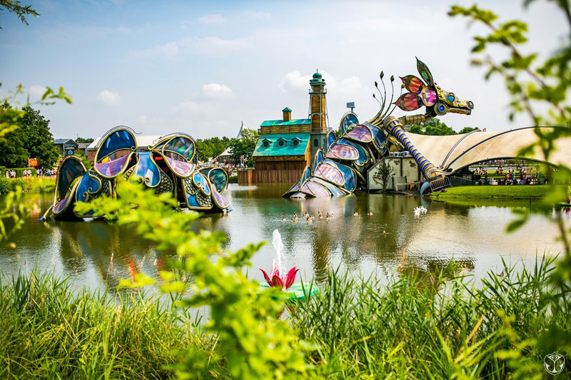 Tomorrowland-2016-Lago-Dragonç
