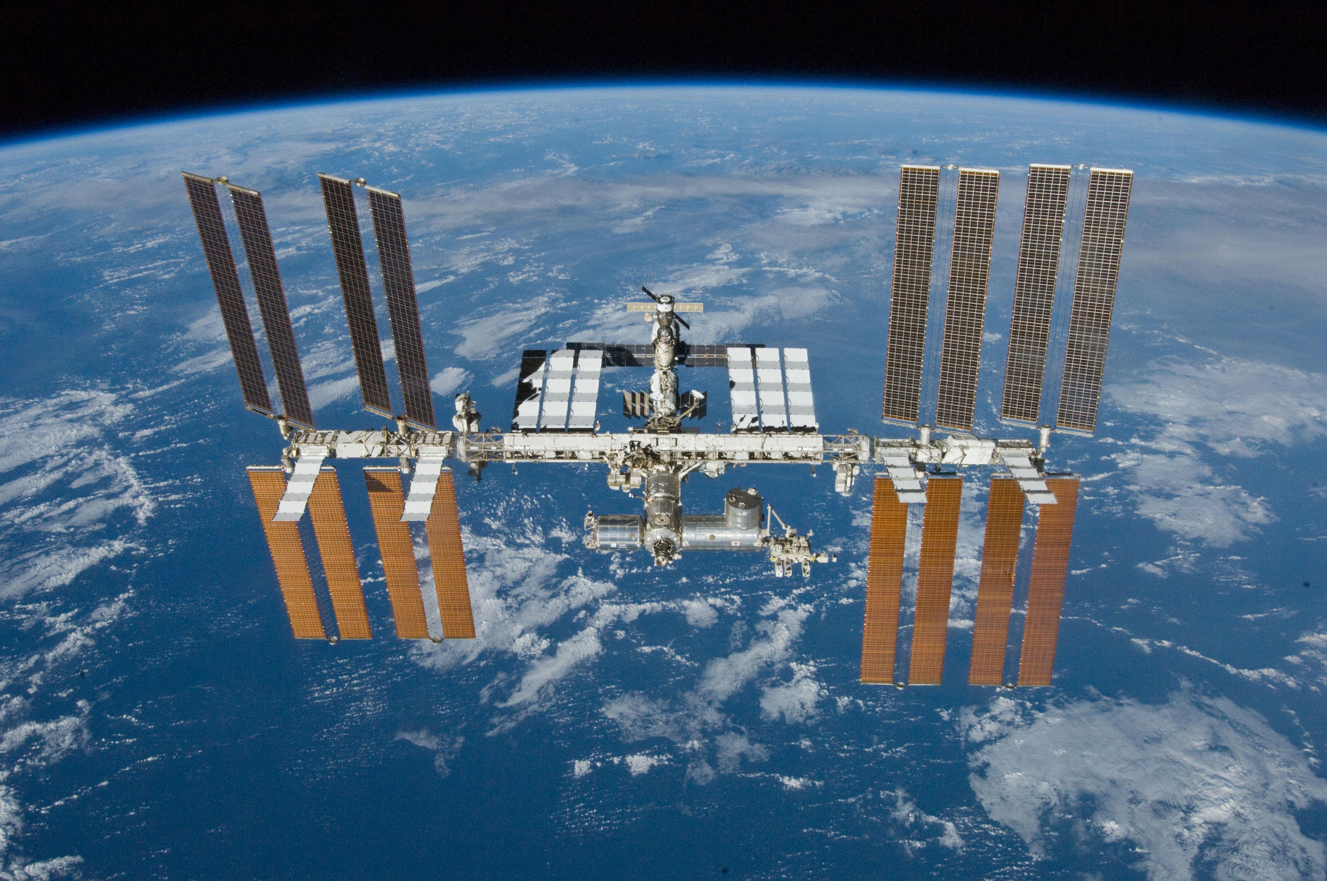 Advierten sobre posible colisión de la Estación Espacial Internacional