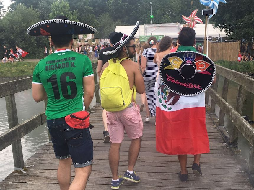 mexicanos-tomorrowland-16