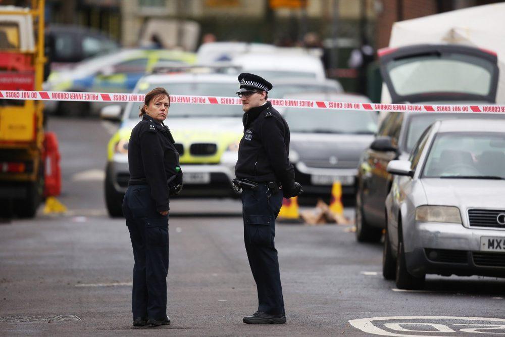 policia-londres-ataque-cuchillo-scotland-yard
