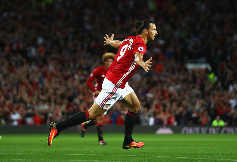 Zlatan-Ibrahimovic-Gol-Manchester-United (1)
