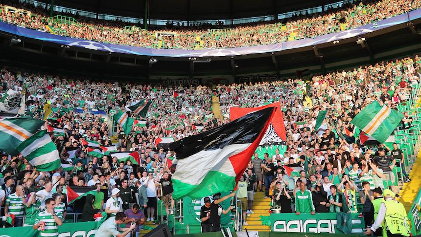 Los aficionados del Celtic enseñaron banderas de Palestina durante el encuentro que sostuvieron en la Champions