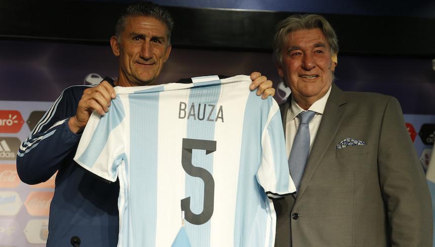 Edgardo Bauza realizará su debut contra Uruguay