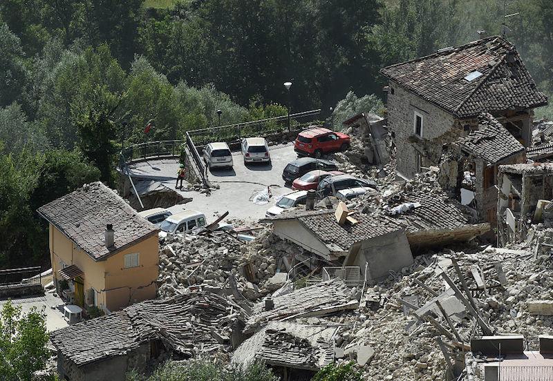 así quedaron las zonas afectadas de Italia tras el terremoto de 6.2 grados