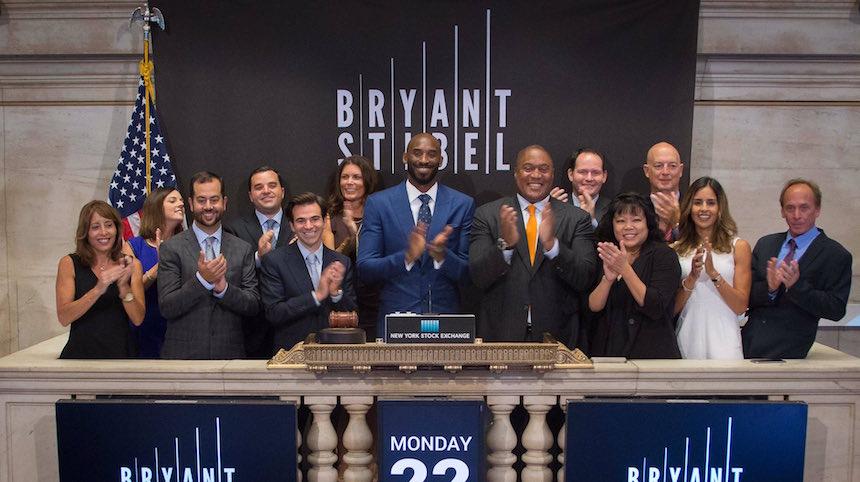 Con la intención de ayudar a otros, Kobe Bryant lanza un fondo de inversiones