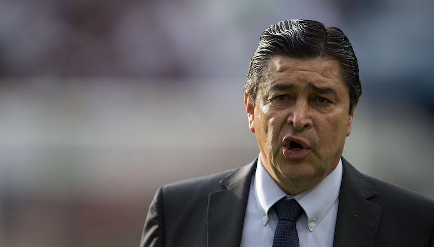 Luis Fernando Tena deja de ser el director técnico de León