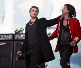 LONDON, ENGLAND - JULY 05:  Pete Doherty and Caral Barat of The Libertines performs on stage at British Summer Time Festival at Hyde Park on July 5, 2014 in London, United Kingdom.  (Photo by Tristan Fewings/Getty Images)