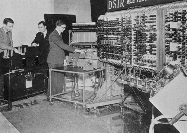 Investigadores restauran la primer música de la historia generada por una computadora