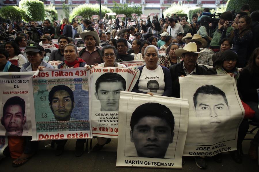 Ayotzinapa - Normalistas - Protestas.