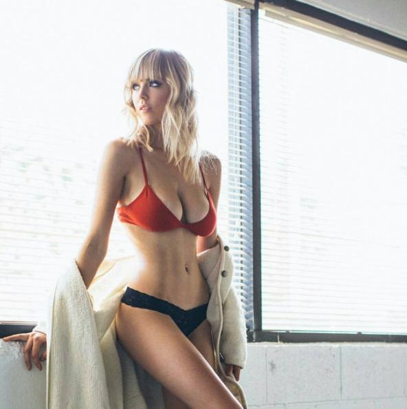 Danielle-Sharp2
