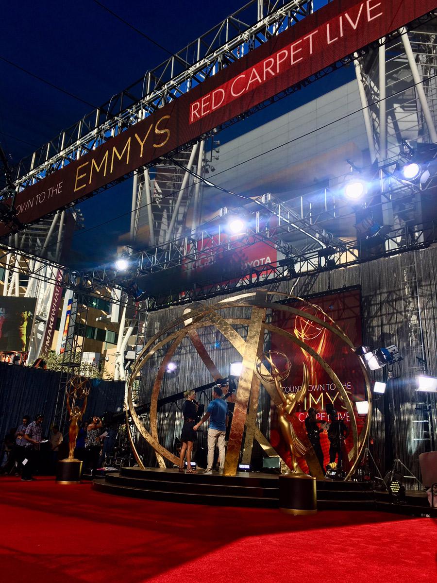 emmys-red-carpet-live