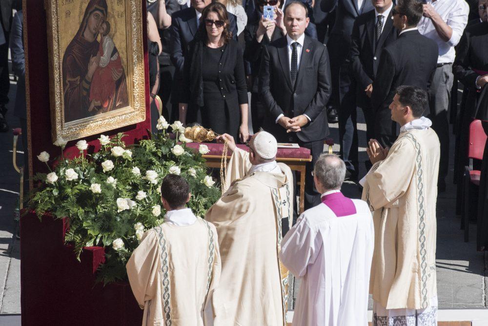 madre-teresa-calcuta-santa-canonizacion-papa-francisco