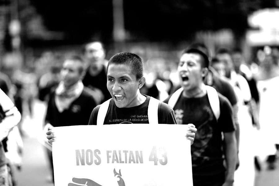 marcha-ayotzinapa-2016-santiago-arau-17