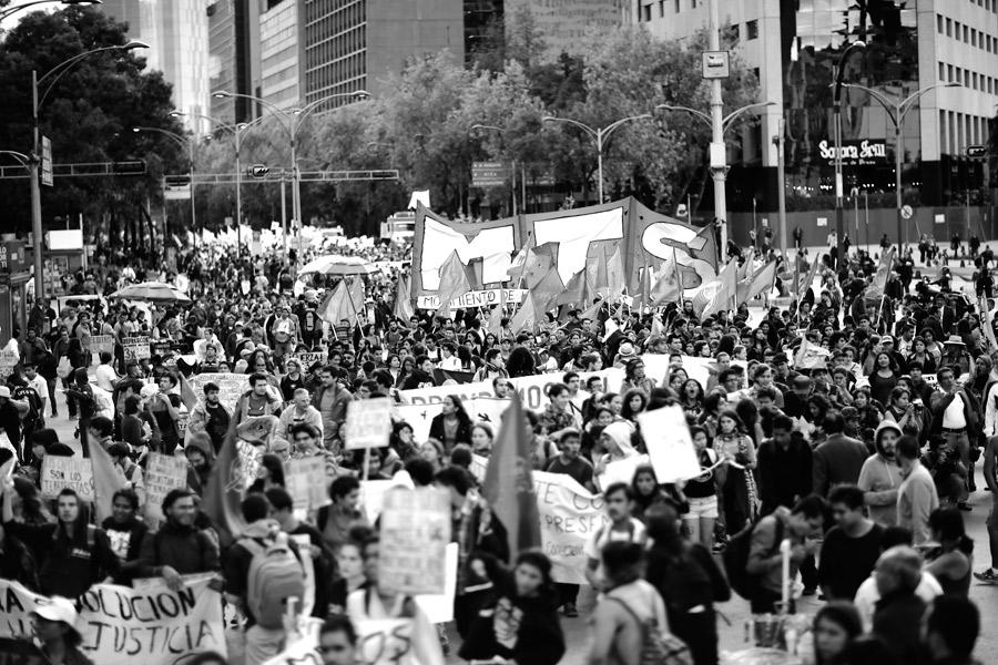 marcha-ayotzinapa-2016-santiago-arau-31