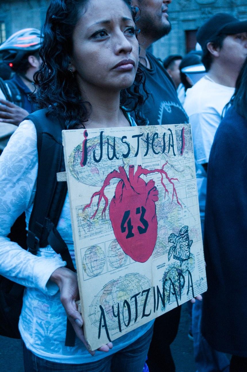 marcha-ayotzinapa-2-anos-sopitas11