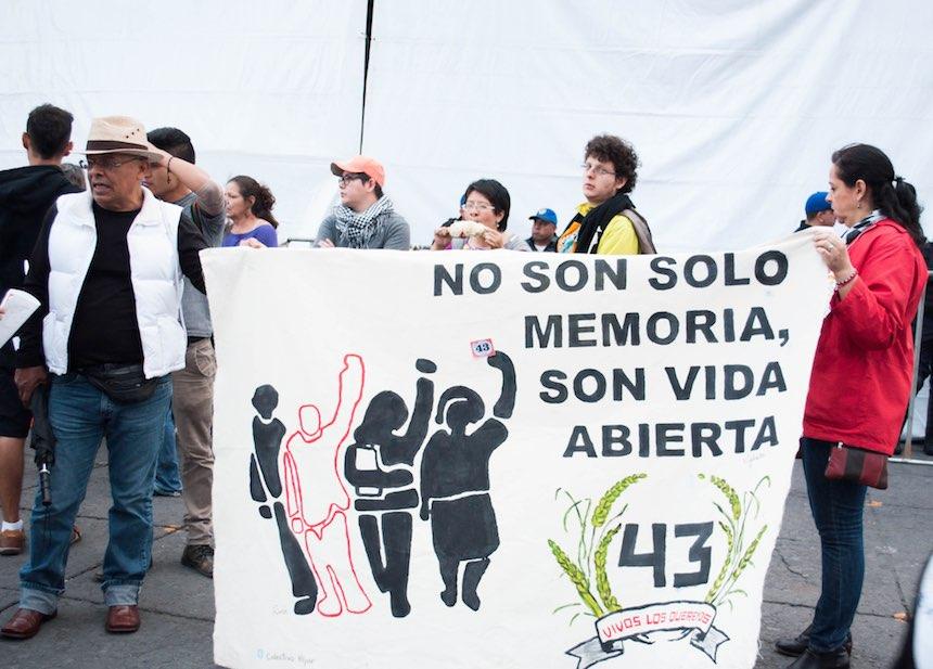 marcha-ayotzinapa-2-anos-sopitas3