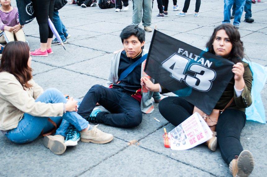 marcha-ayotzinapa-2-anos-sopitas4