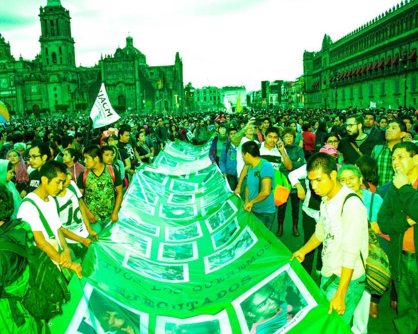 marcha-ayotzinapa-2-anos-sopitas9