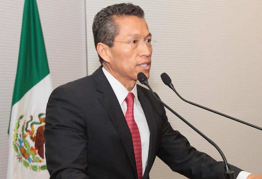 Fernando Aportela presenta su renuncia como subsecretario de Hacienda