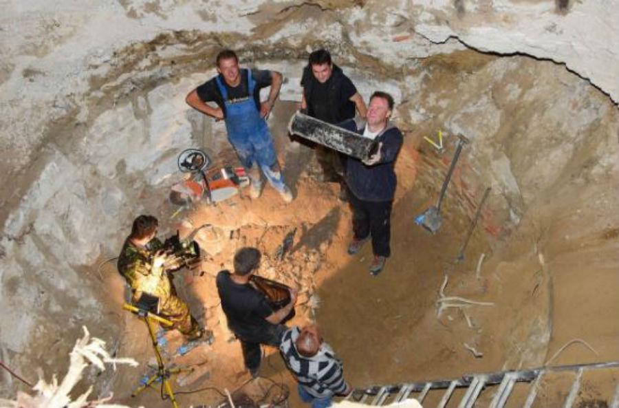 arqueologos-capsula-nazi-polonia
