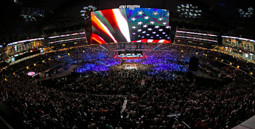 AT&T Stadium en el combate entre Canelo y Smith