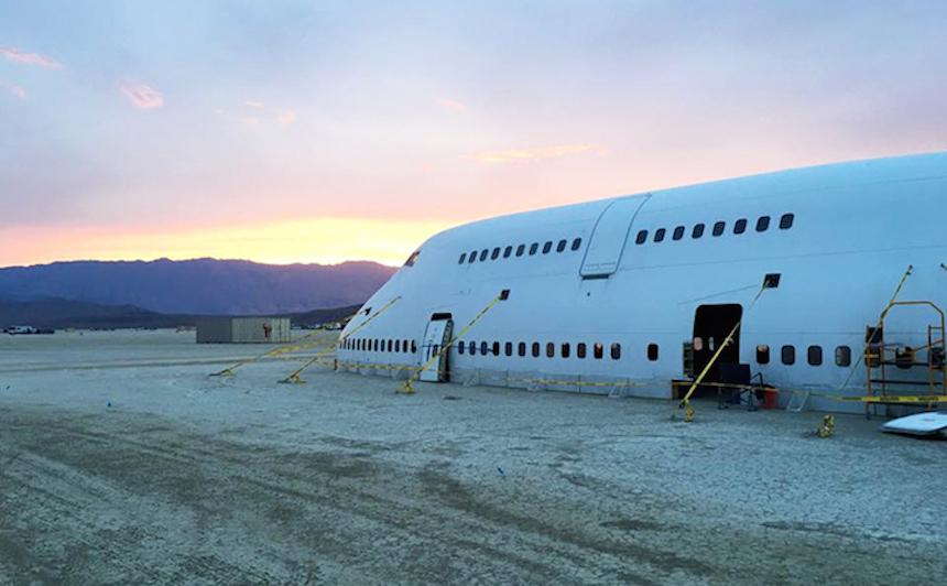 Boeing 747 Burning Man 4