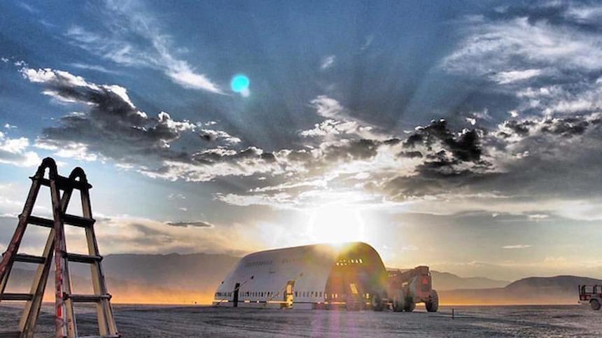Boeing 747 Burning Man 6