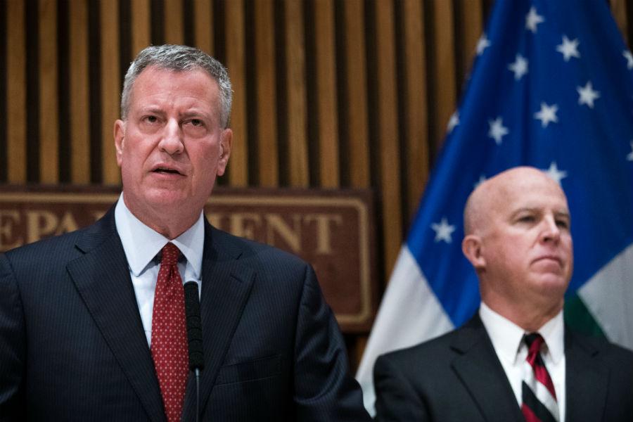 """El alcalde de Nueva York calificó como """"un acto intencional"""" la explosión en Chelsea"""