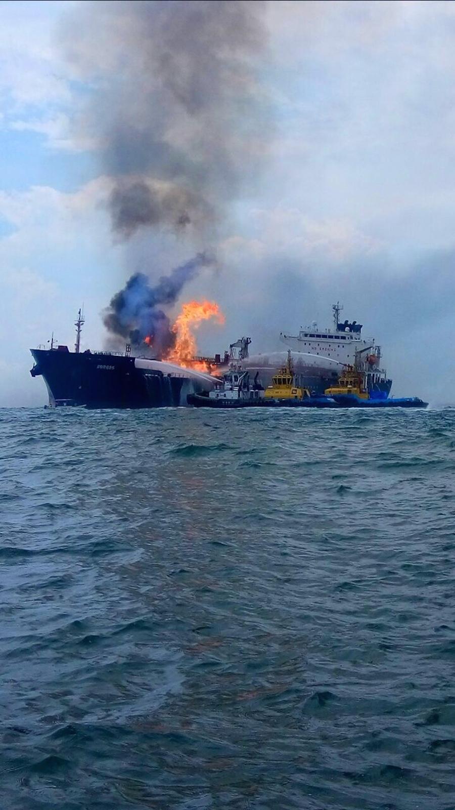 buque-burgos-explosion